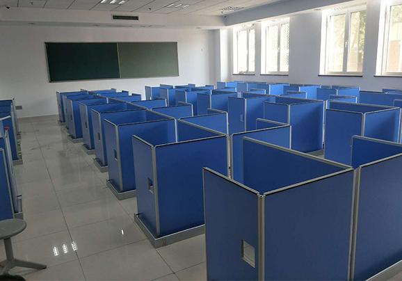 北京市某德赢体育平台下载安装屏风多媒体教室